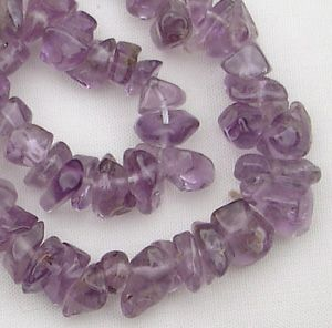 "Gemstone Chips Light Amethyst - approx 18"" String"